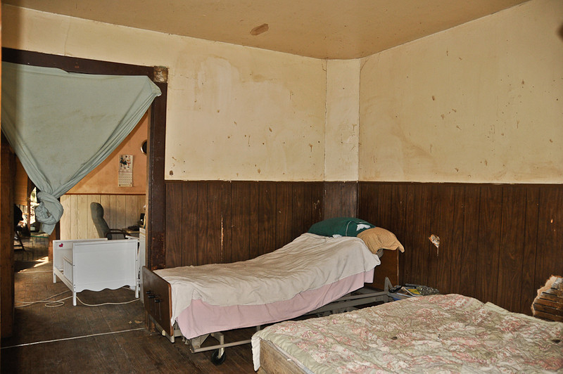 10 09-08 Bedroom before painted.  mlj
