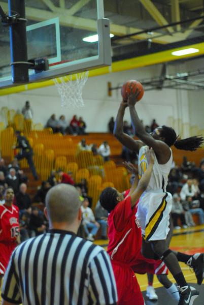 20090301_MCC Basketball_5655.JPG