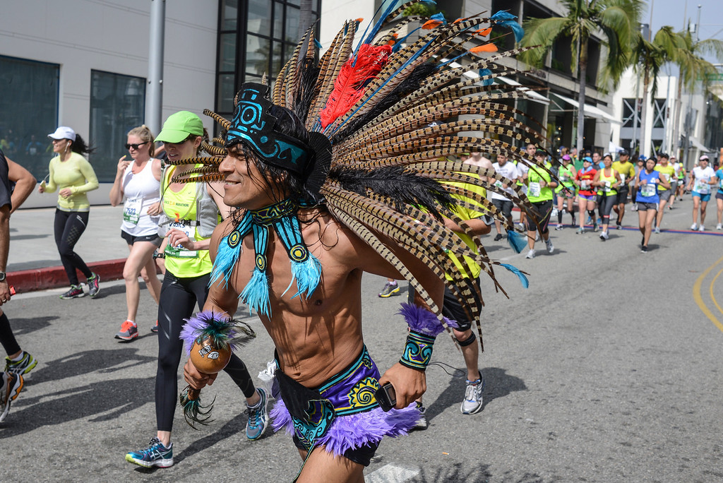 . An indian heads down Rodeo Drive in Beverly Hills during the 28th Los Angeles Marathon.  Photo by David Crane/Staff Photographer