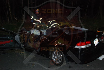 South Farmingdale F.D. MVA w/ overturn and Entrapment S.S. Pkwy. west of Rt.110 4/19/09