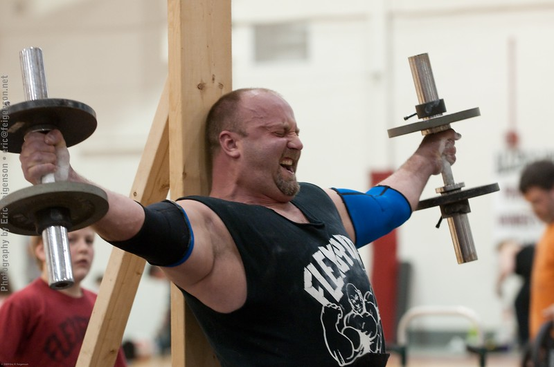 PaxtonStrongman2009_ERF4066