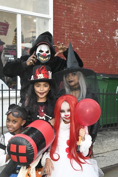 2018.10.31.Halloween.RickSchwab (9).JPG