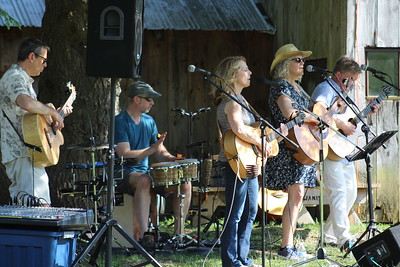 2017-07-02 Open Road at Lachat Town Farm