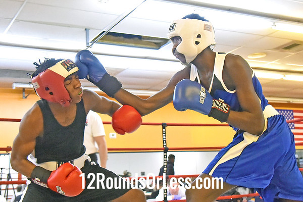 Bout #3,  Anthony Reed, Cleveland, Red Gloves -vs- Addie Taylor, Akron, Blue Gloves, 140 Lbs.
