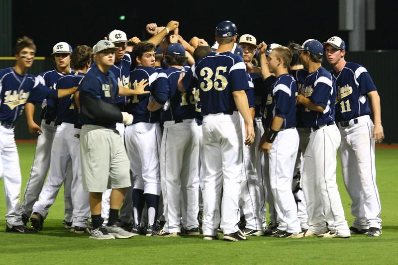 \\hcadmin\d$\Faculty\Home\slyons\HC Photo Folders\HC Baseball_State Playoffs_2012\20120513_186.JPG
