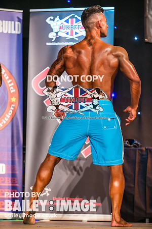 MEN'S PHYSIQUE OVER 178 CM