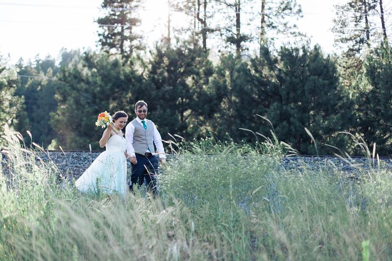 Courtney + Stewart {Married in Leavenworth} June 20, 2015