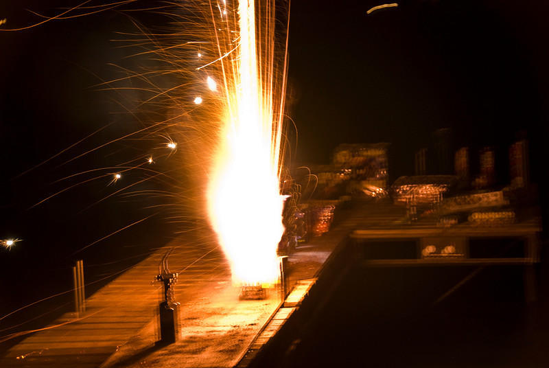Explosion shock .Fire work  1 s.jpg