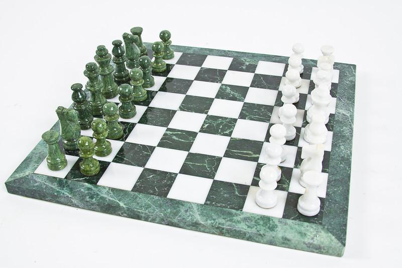 Chessset1.jpg