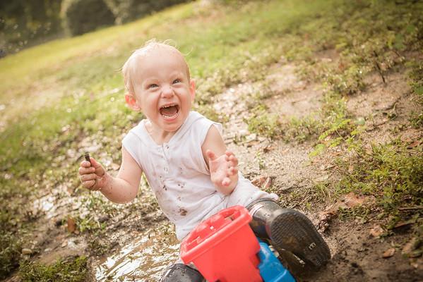 Mud Mania: Joey