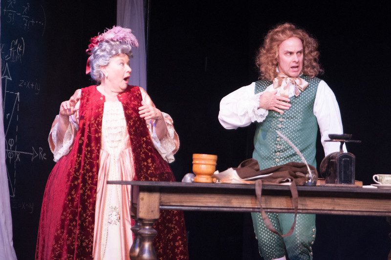 Joan Coombs and Oliver Wadsworth (Voltaire). Photo by Enrico Spada.