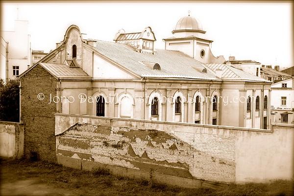 LITHUANIA, Kaunas. Choral Synagogue (at Ožeskienės 17). (9.2011)