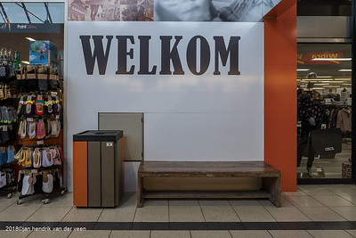 Groningen-Paddepoel-Winkelcentrum 2018