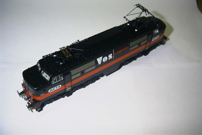 philotrain 870-24-8 1255 ACTS zwart schuin.JPG