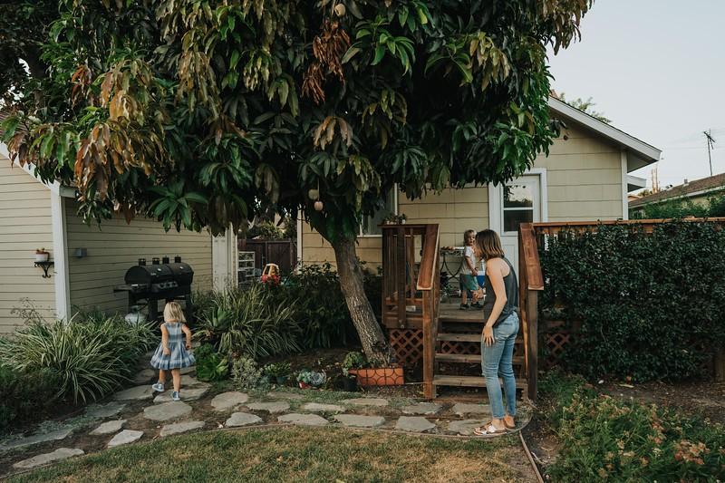 SeattleFamilyPhotographer-RenateSeptemberSharing-77.jpg