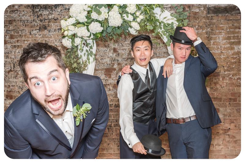 Laren&Bob-Wedding-Photobooth-240.jpg