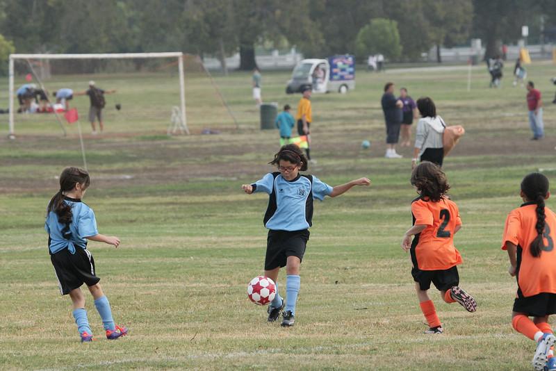 Soccer2011-09-10 09-36-55.JPG