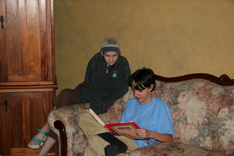 2006-02-19-0025-Thompson Family Adventures trip to Panama with Hahns-Day 2-Boquete-Los Establos-Audrey-Evan.jpg