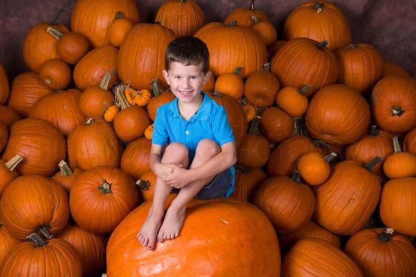 2016_0830_Pumpkin Patch/Halloween