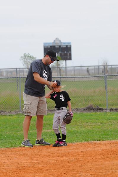 DSC_0658_0092_Baseball 101712.jpg