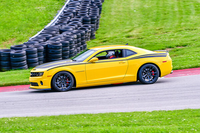 6-6-19 SCCA TNiA Pitt Race Interm Yellow Camaro