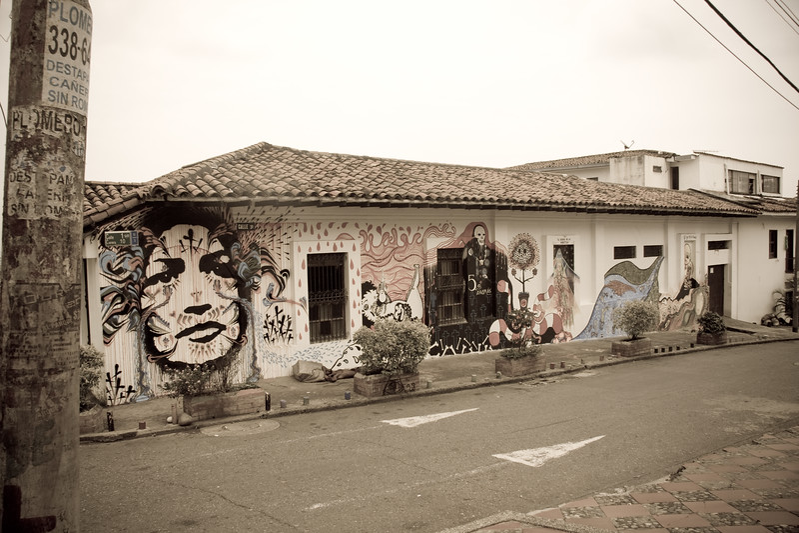 wall-of-art_5052655613_o.jpg