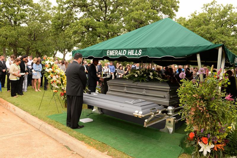 2016-05-14 Gieger Funeral 016.jpg
