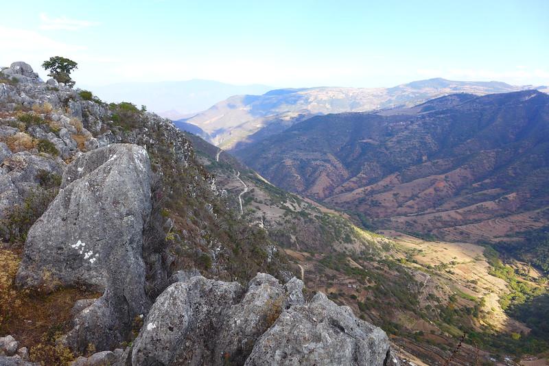 Blick aus dem Tal: Santiago Apoala
