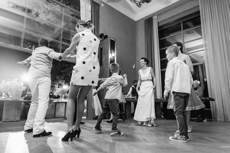 Tanec_do_noci_011.jpg