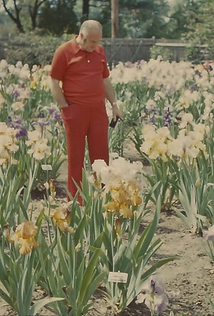 1974 Bill & Betty Simon's Iris Gardens