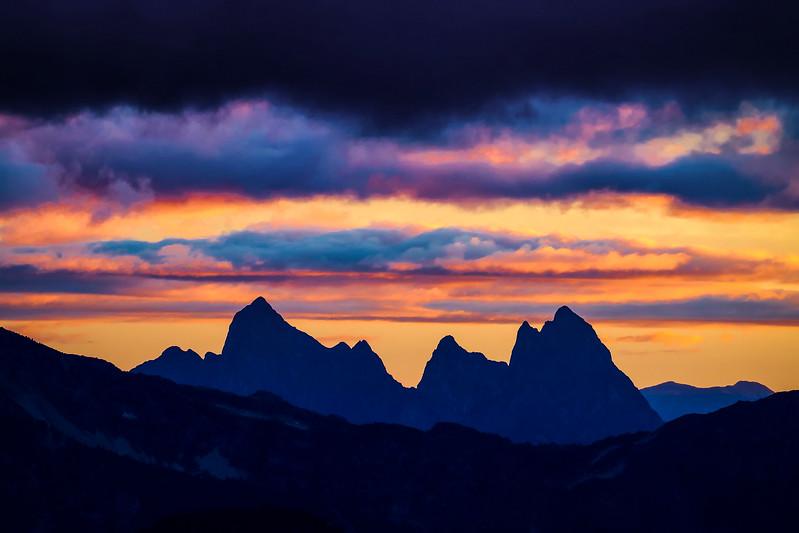 hozomeen-mountain-mountains-sunset-clouds-peak-pnw-northcascades-cascades-nature-landscape.jpg
