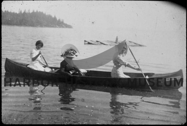 Boats-Row-Paddle
