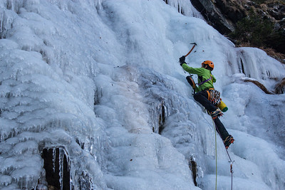 01 03 Ice climbing, Strannerbach, Maltatal