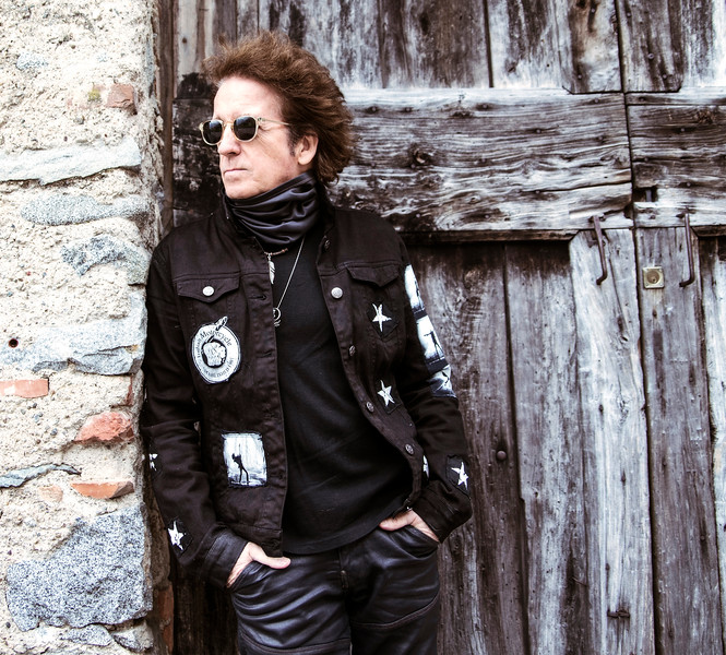 A CONVERSATION WITH THE LEGENDARY  WILLIE NILE