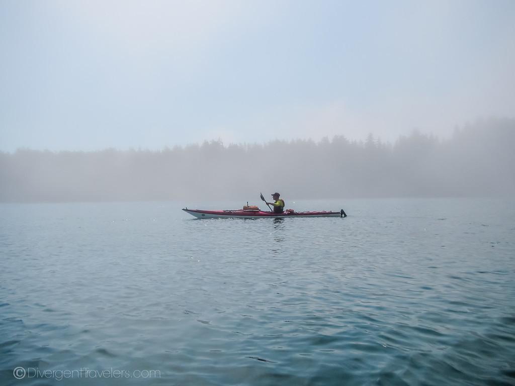 Kayaing Vancouver Island - Lina Stock