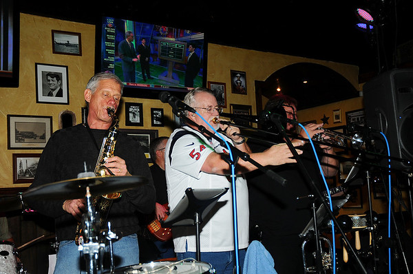 12-28-12 THE SKYLINE BAND AT DIRTY BAY