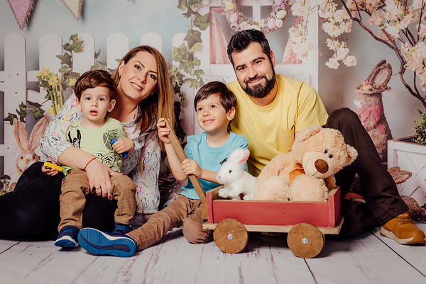 Dragos, Dani, Lia si Bogdan - Sedinta Foto de Paste