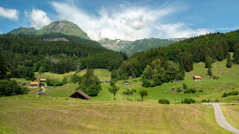 Switzerland-Train-to-Zurich01.jpg