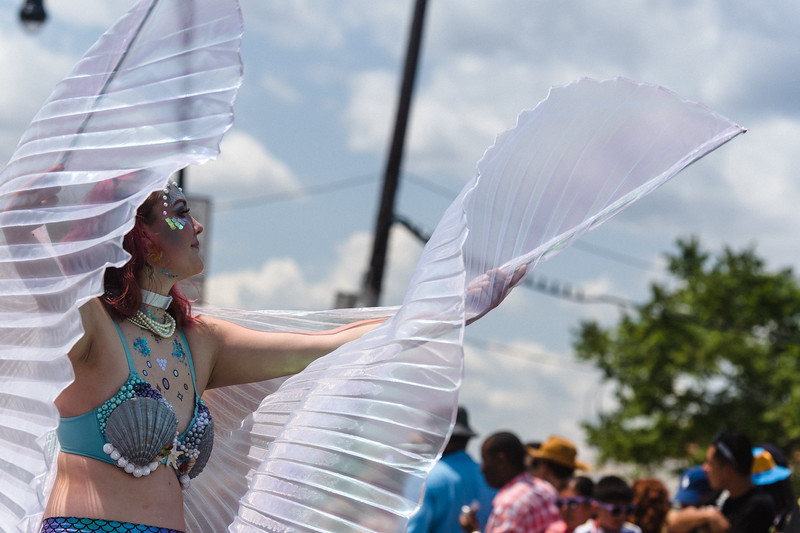 2019-06-22_Mermaid_Parade_1889.jpg