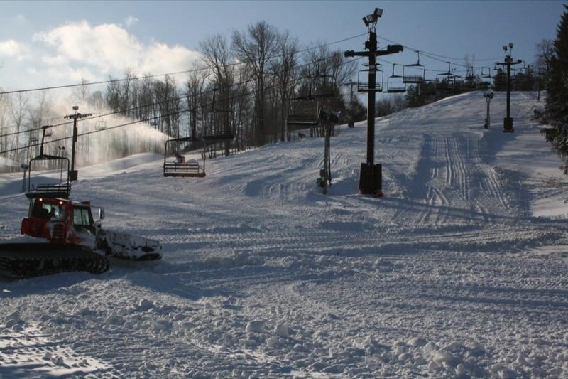 SnowTrailsOpeningDay12_11_09_019.jpg