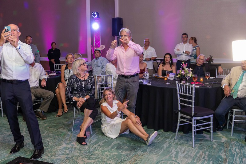 2019_11_Yachtail_Party_00750.jpg