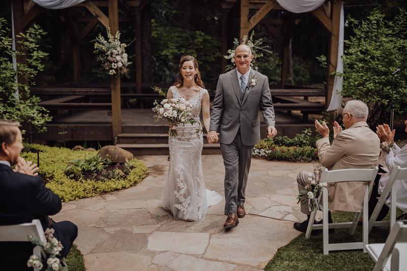 2018-05-12_ROEDER_JulieSeth_Wedding_ROEDER1_0139.jpg