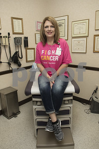 survivors-and-oncology-care-givers-prepared-for-the-susan-g-komen-race-for-the-cure