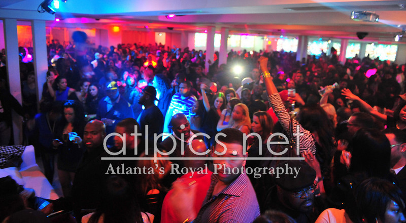 (Jamie Foxx, Tank) Saturday Nights at Compound Brought to you by: AG Entertainment