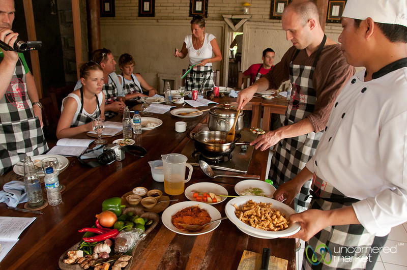 Cooking Together in Cooking Class - Ubud, Bali