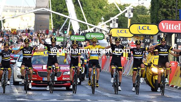 Tour de France Stage 21: Chantilly > Paris Champs Elysees, 113kms