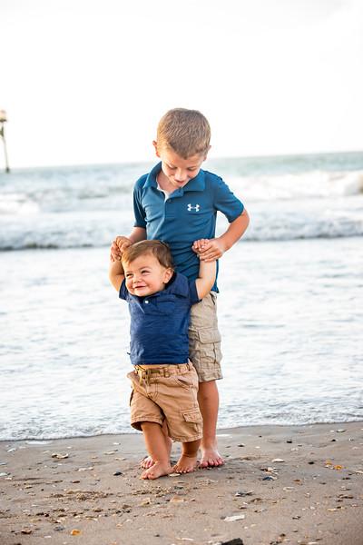 Family beach photos-132.jpg