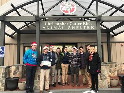 Santa Paws Tour with the Animal Welfare Club