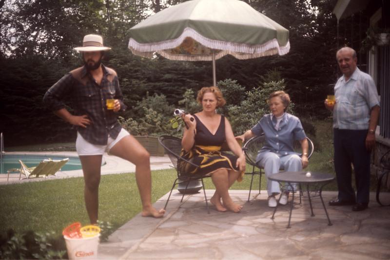 1975_06 Greg, Mom, Grandpa, & Dot.jpg