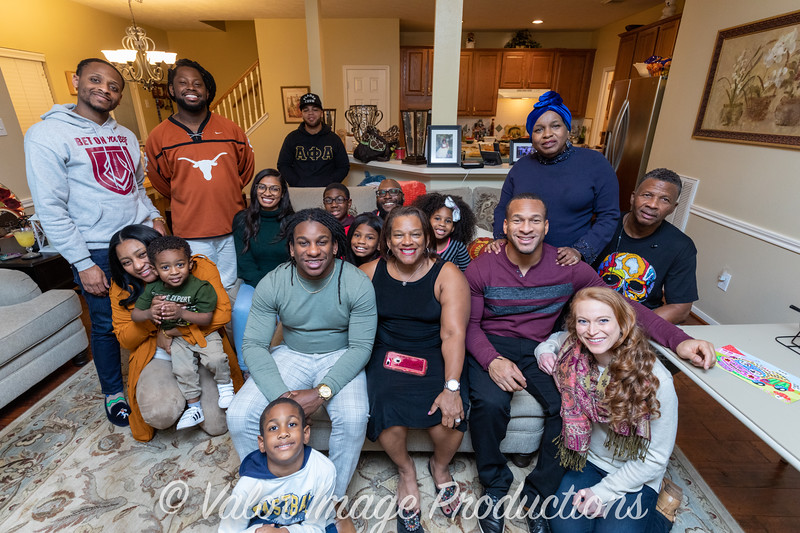 ©2019 Valor Image Productions Thankgiving Eve-14582.jpg